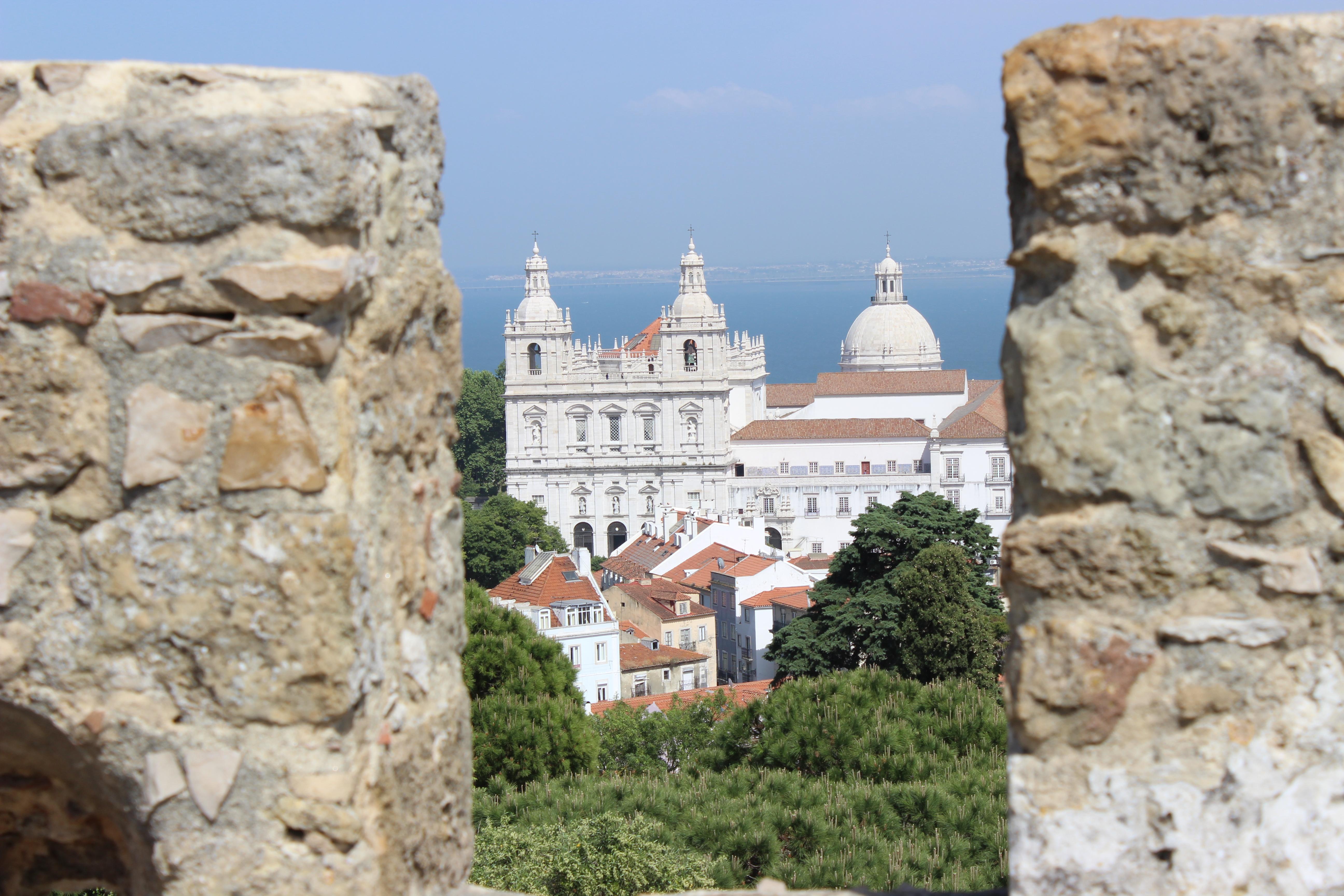 Lisbonne #2 : Place du commerce, bacalhau et château !